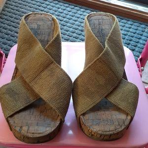 Lucky Brand Camo sandals